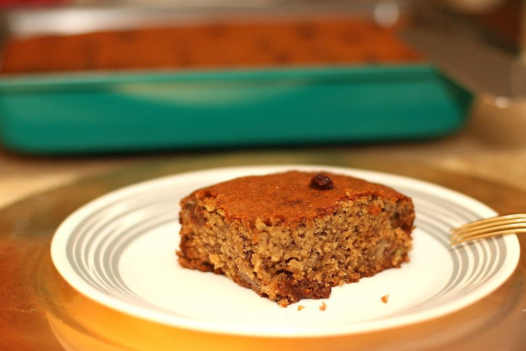 Bakers-Secret-banana-cake-3