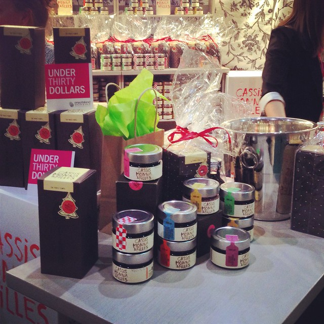 One of a Kind Show Christmas 2014 - Cassis Moona & Filles