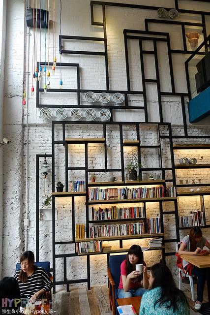 隔壁咖啡Next Door – 台中西區環境優採光明亮、無壓迫感早午餐、餐點有進步空間 @強生與小吠的Hyper人蔘~