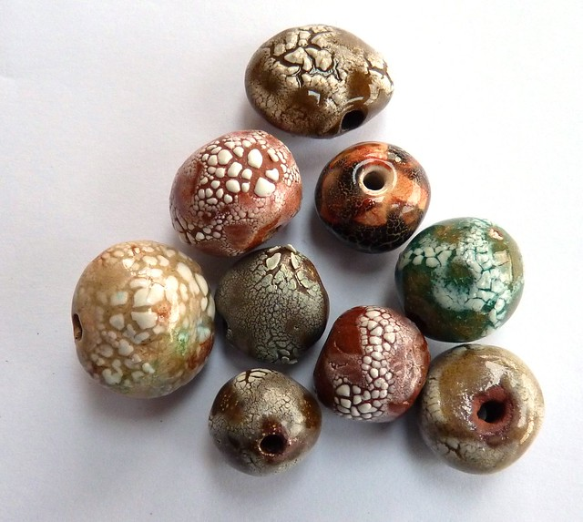 crackle ceramic beads
