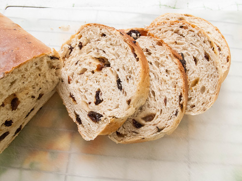 004 tangzhong cinnamon red flame raisin bread