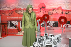 Maryam Rajavi Visiting the exhibition on Syrian people's resistance  (8)