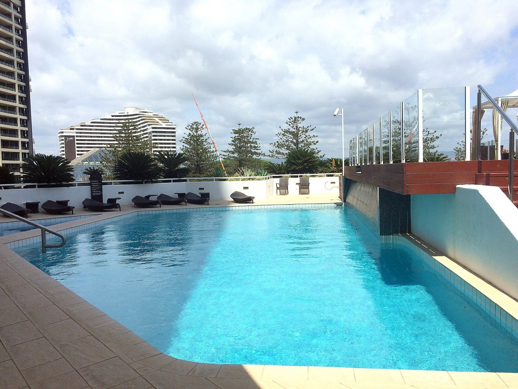 Pool - sofitel gold coast-003