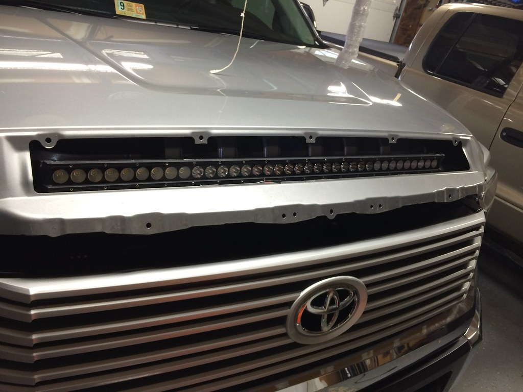 Greatavalons hood bulge led bar tundratalk toyota tundra in the above picture you can see how low the led light bar sits with no mounting hardware at all this leads to the next step aloadofball Gallery