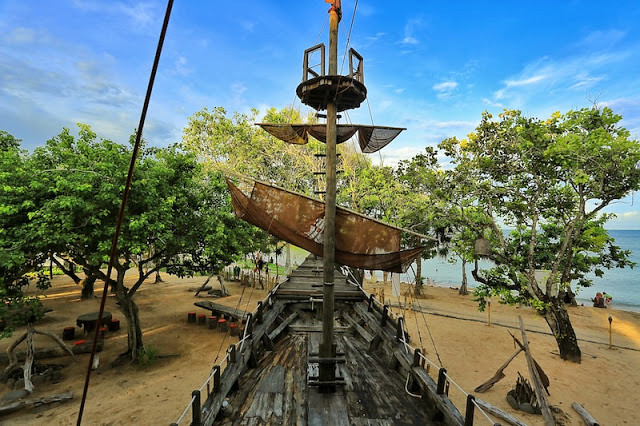 pirates-11 marischkaprudence.blogspot.sg