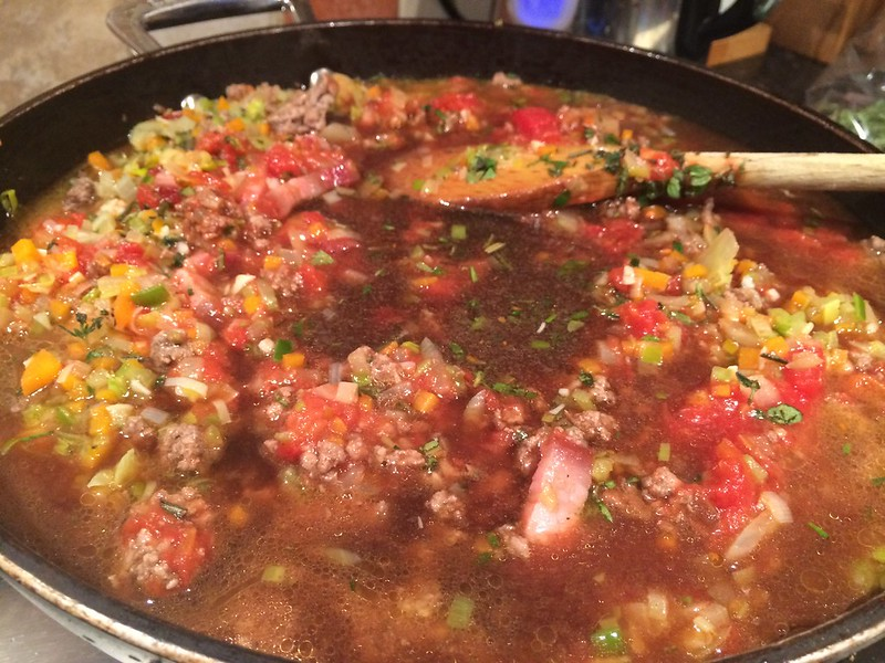 Spaghetti Bolognese : Add the beef stock