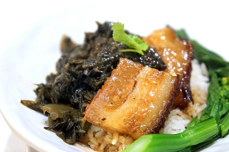 braised pork rice - sheng kee 1 Utama