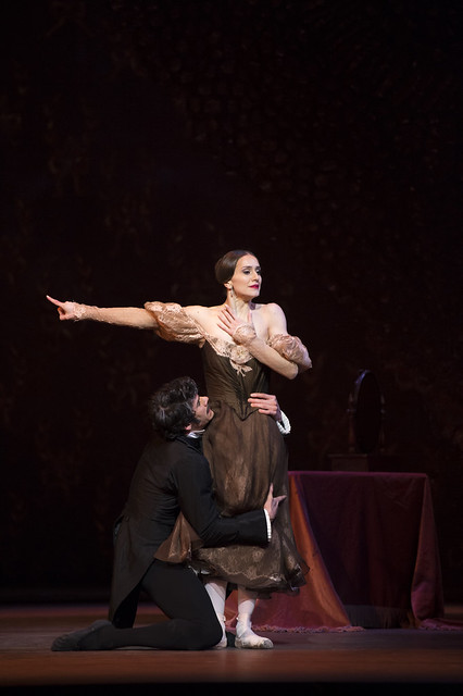 Marianela Nuñez as Tatiana and Thiago Soares as Eugene Onegin in Onegin, The Royal Ballet © ROH/Bill Cooper, 2013