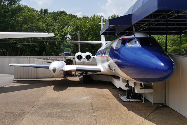 Lockheed JetStar 'Hound Dog II'