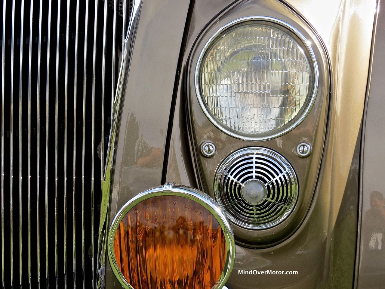 Imperial Airflow Headlight