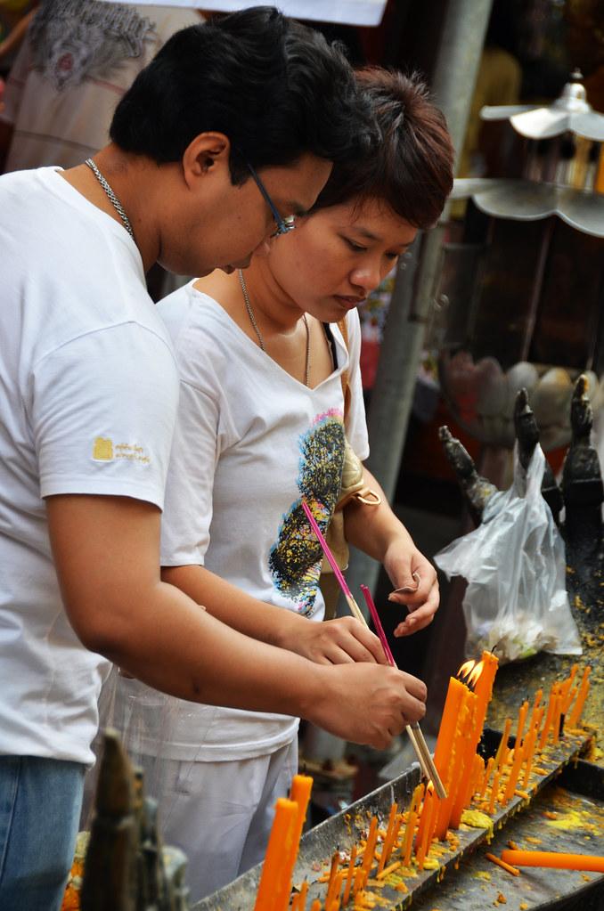 Ritual de la luz en Bangkok