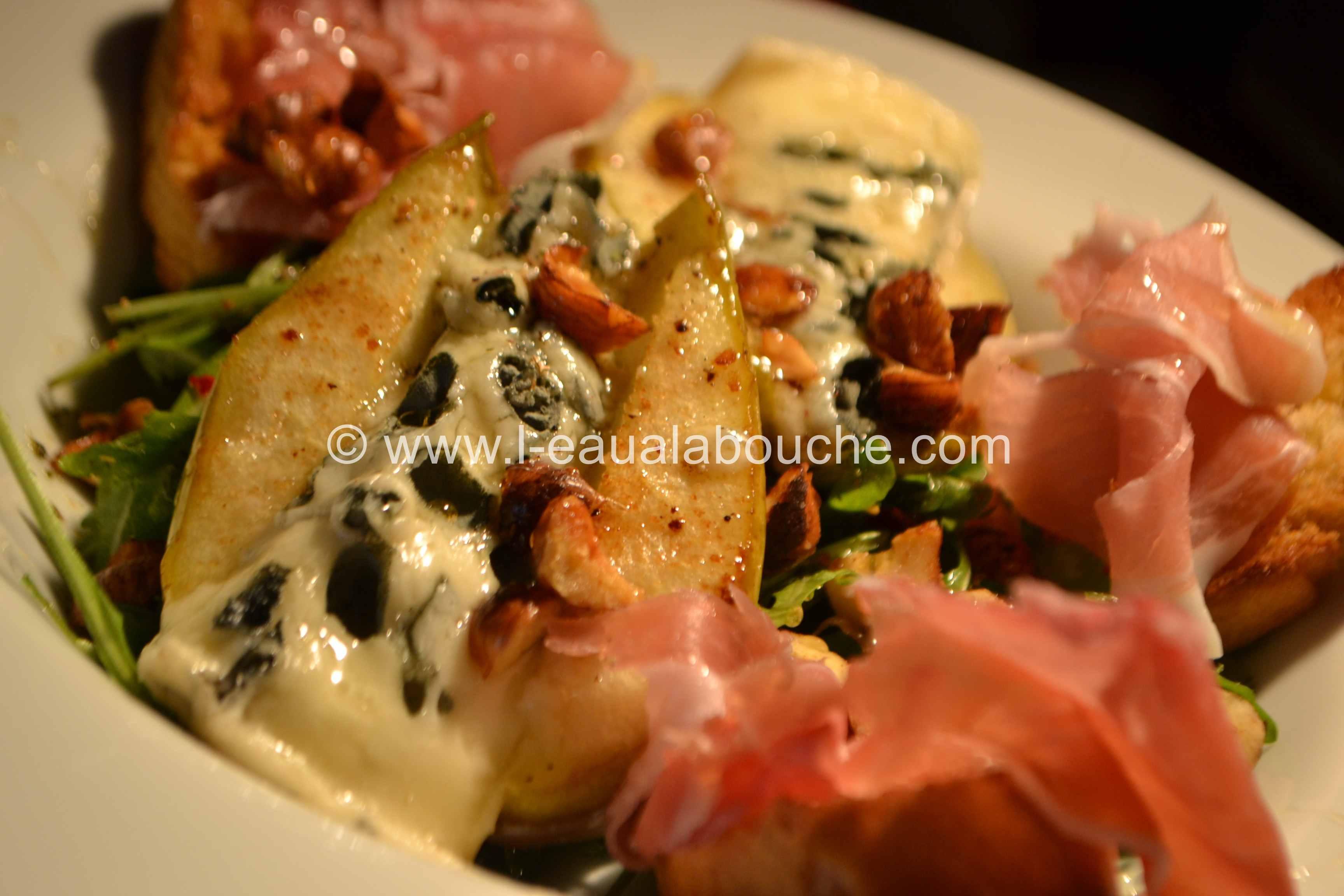 Poire Gratinée au Roquefort & au Jambon de Bayonne © Ana Luthi Tous droits réservés