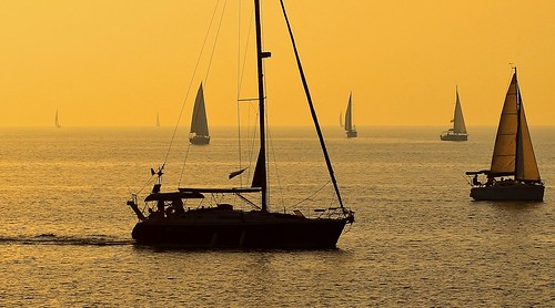 travel sea sky weather silhouette sailboat canon golden israel mediterranean sailing seascapes horizon silhouettes tranquility hour beaches sailboats canondslr goldenhour mediterraneansea canon70200f4l greatweather goldenhours horizonbeach canon600d travelinisrael canonkiss5 watertranquility sailingatthegoldenhour