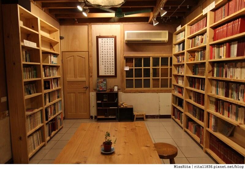 花蓮 猴子衝浪 時光書店7