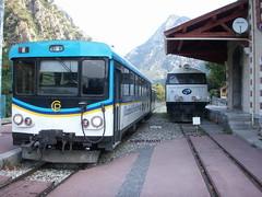 20060824 - 052 La Vesubie Plan du Var - La loco Henschell et le X301 et XR1331 stationnent a quai