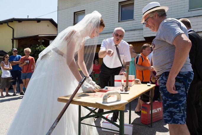 Suechtig_nach_Hochzeit_Absperren 07