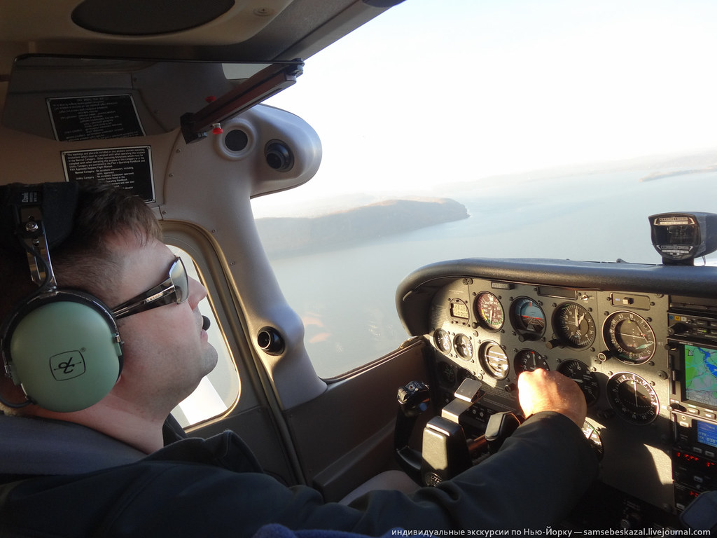 15589499999 7700ba5f26 b Полет над Нью Йорком.