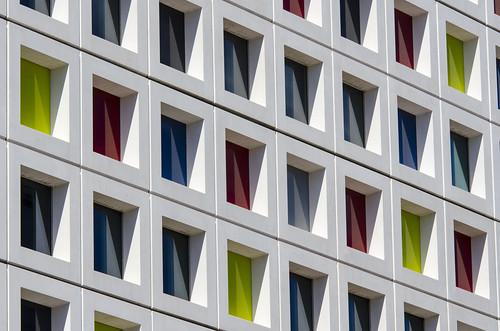 windows abstract building colors lines architecture facade square colours denhaag architectuur primarycolors gebouw mondriaan lijnen gevel kleuren vierkant map12644v