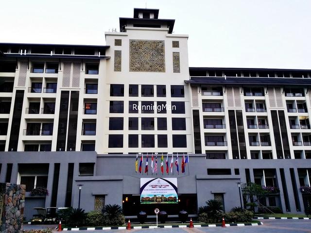 Pulai Springs Resort 01 - Exterior Facade