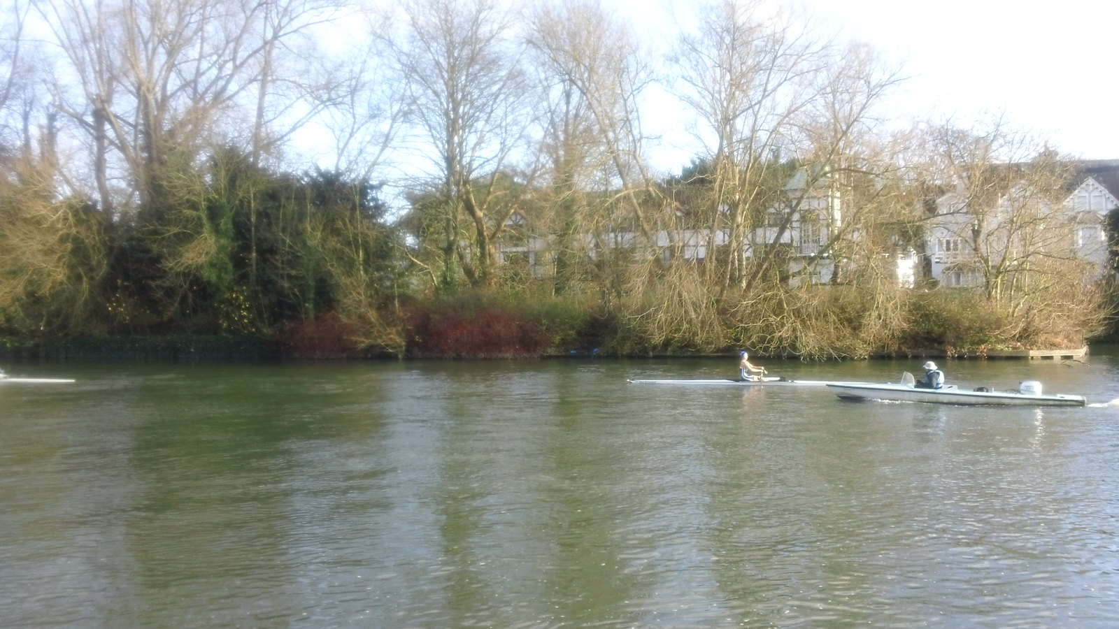 Rowing coaching, Maidenhead from Thames Path