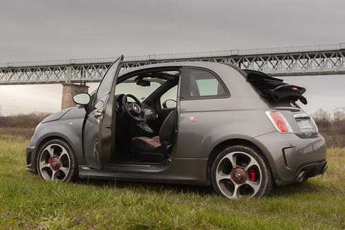 Fiat 500 Abarth  https://www.twin-loc.fr