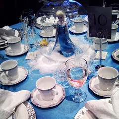 A Frozen themed table at the lafies tea.