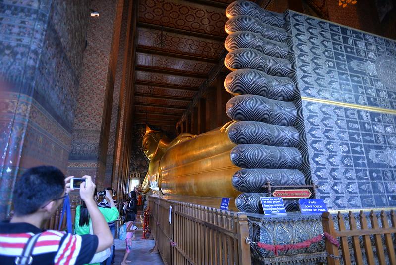Reclining Budda Wat Pho Bang 7-9-14