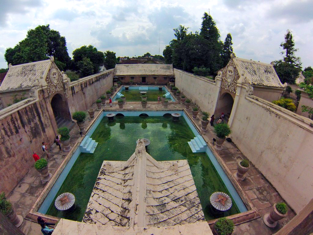 Castillo del Agua de Yogyakarta yogyakarta - 16070020579 fa6c3eb7ae o - Cosas que hacer en Yogyakarta y datos prácticos