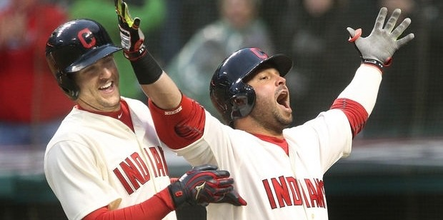 Lonnie Chisenhall & Nick Swisher (Photo: Chuck Crow/The Plain Dealer)