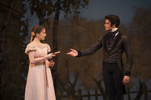 Marianela Nuñez in Tatiana and Thiago Soares as Onegin in Onegin, The Royal Ballet © ROH/Bill Cooper, 2013