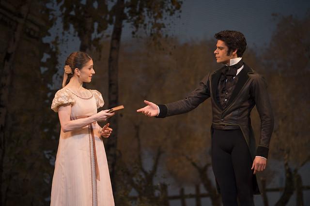 Marianela Nuñez in Tatiana and Thiago Soares as Onegin in Onegin, The Royal Ballet © ROH/Bill Cooper, 2013