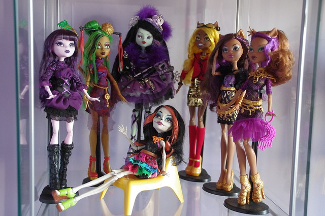 Les Monster High de Cendrine  - Page 2 16291321036_1f05c27831_z