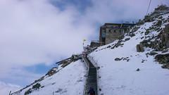 Zejscie z górnej stacji kolejki Les Grands Montets 3295m. Dzień 1.