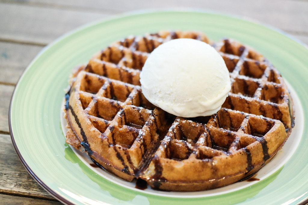 Toa Payoh Food Guide: Shrove Tuesday's Waffle Ice Cream