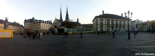 panorama cathedral cityhall panoramic notredame luxembourg mairie cathedrale panoramique placeguillaume luxembourgville stadhaus knuedler grandduche greatduchy