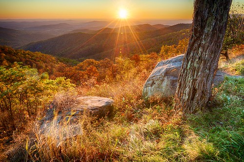 autumn mountain fall nature horizontal forest sunrise landscape outdoors virginia landscapes outdoor shenandoahnationalpark tonemapped