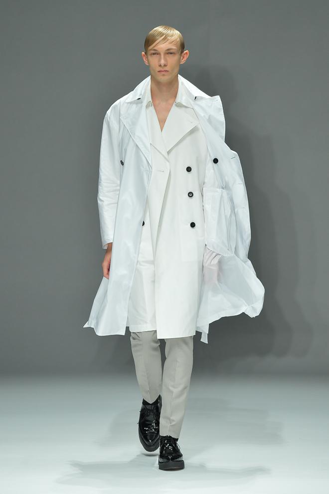 Carol Sapinski3001_SS15 Tokyo DRESSEDUNDRESSED(fashionsnap)