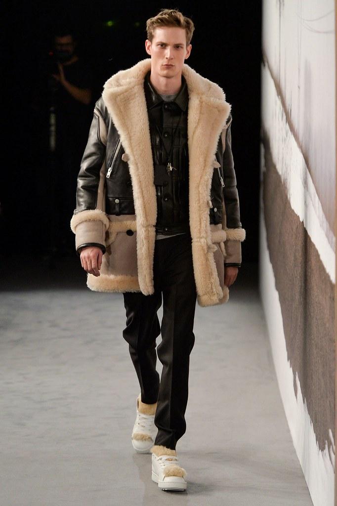 FW15 London Coach005_Felix Gesnouin(fashionising.com)