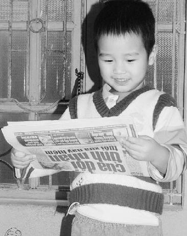 Chuyện lạ về bé 3 tuổi bỗng dưng biết đọc