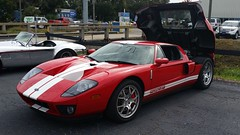 race car(1.0), automobile(1.0), vehicle(1.0), performance car(1.0), automotive design(1.0), ford gt40(1.0), ford gt(1.0), ford(1.0), land vehicle(1.0), luxury vehicle(1.0), supercar(1.0), sports car(1.0),