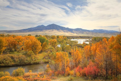 autumn mountains landscape outdoors montana missouririver