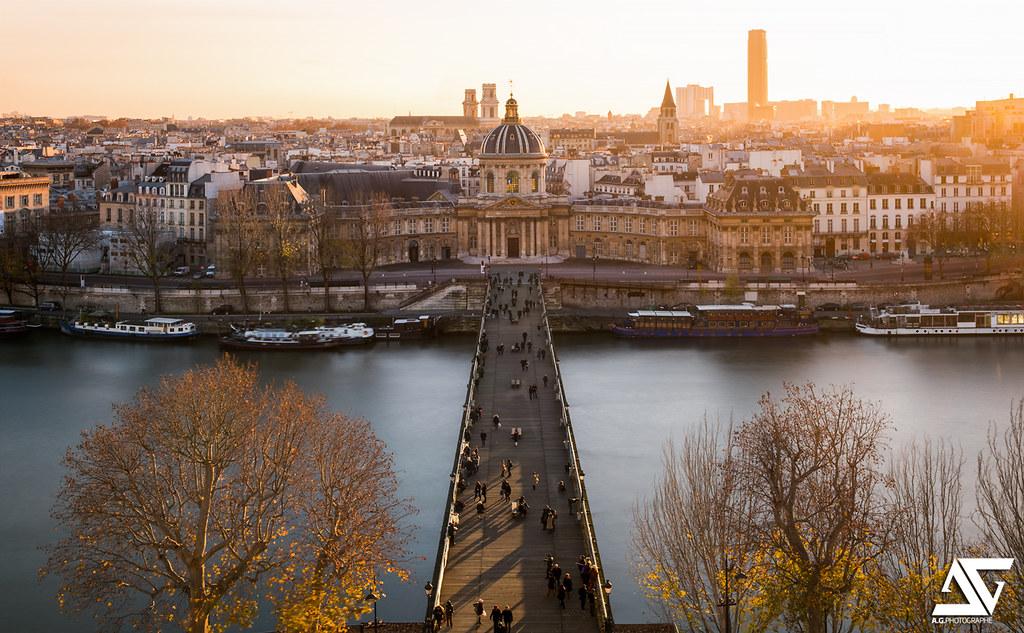 Pont des Arts from Louvre @ Golden hour