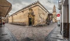 La Mezquita desde la calle Encarnación (Córdoba)