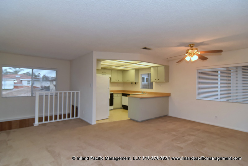 2104 Pullman Lane #B RB. redondobeach. buy photo