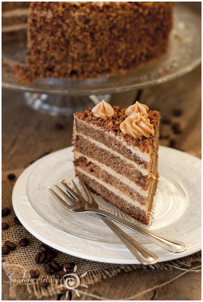 Meduolinis tortas (4)