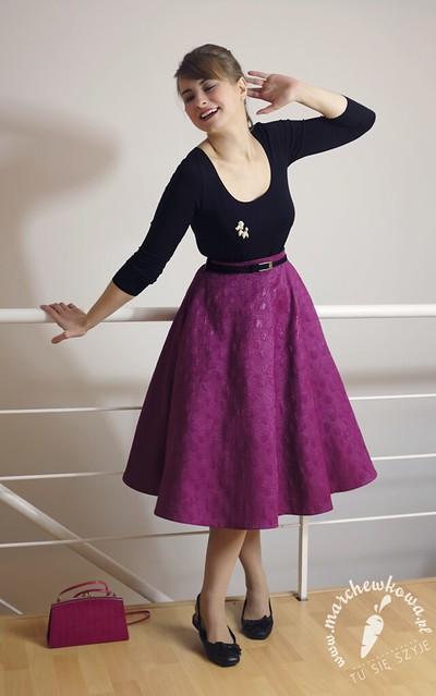 Szpilka party, 21.11.14, sewing, szycie, krawiectwo, blog, marchewkowa, circle skirt, spódnica z koła, buttrick 5605, wykrój, pattern, żakard, bawełna, SilverCrest, Silver Crest, maszyna do szycia z Lidla