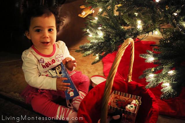 More Fun with the Christmas Gift Box and Bag Treasure Basket