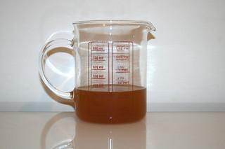 05 - Zutat Hühnerbrühe / Ingredient chicken stock