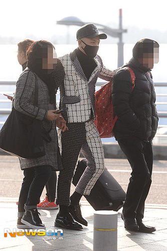 Tae Yang - Incheon Airport - 09jan2015 - Newsen - 01
