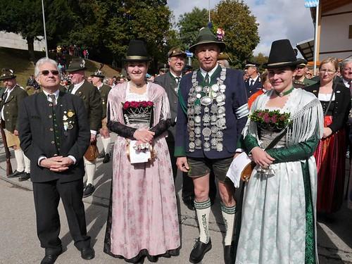 1254271733-boellerschuetzen-oktoberfest-2016-O3MG